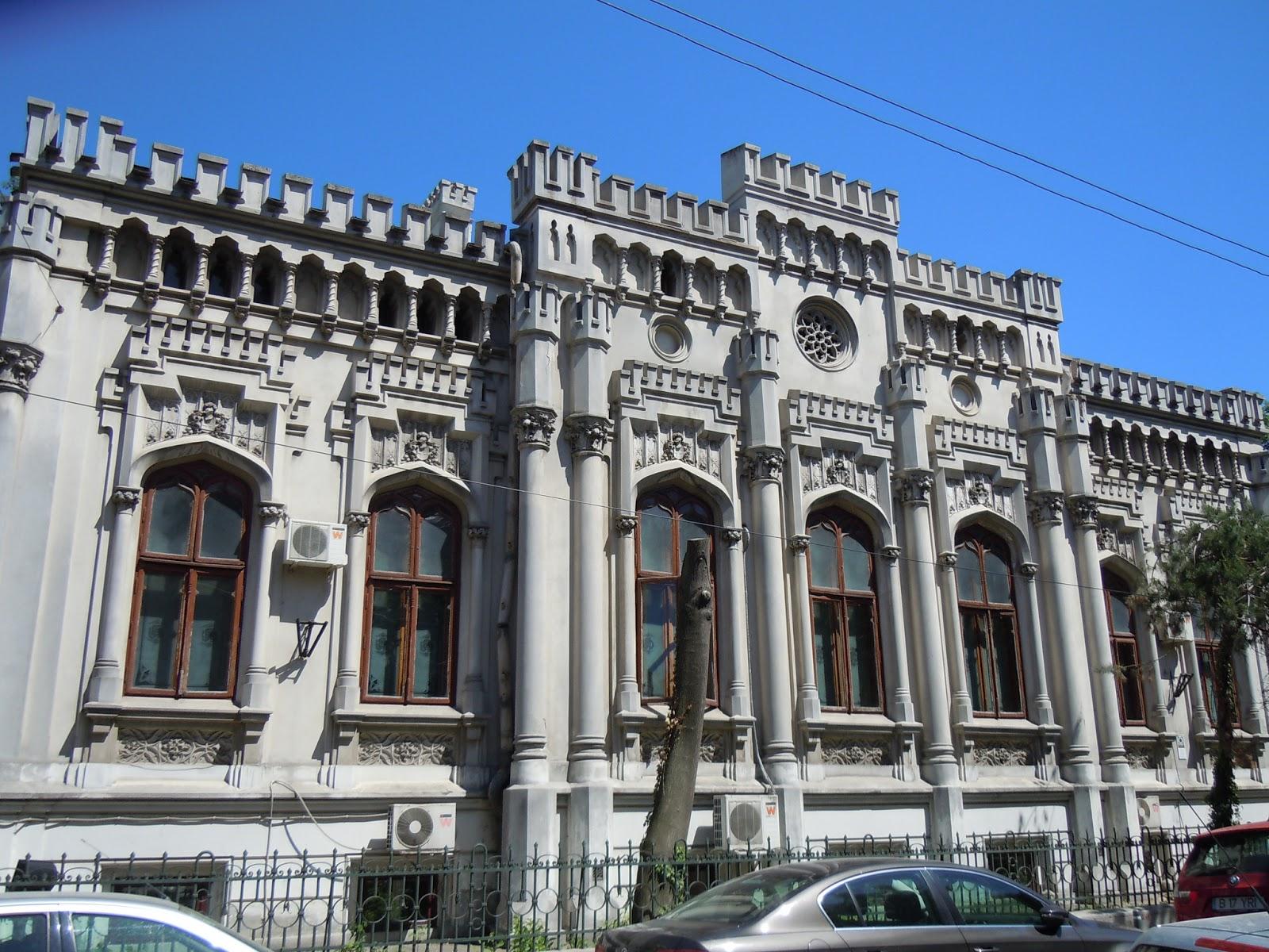 la pas prin Bucuresti - intre Piata Romana si Strada Arthur Verona