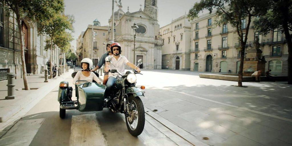 obiective-turistice-barcelona-motocicleta-cu-atas