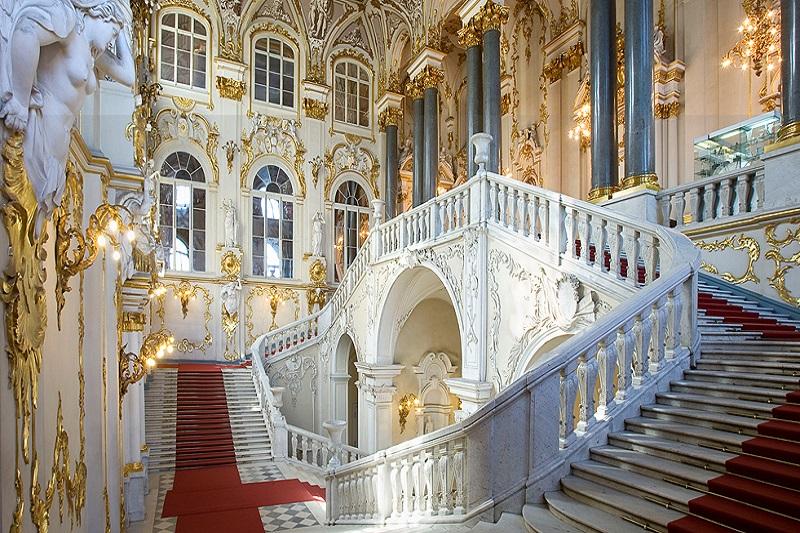 Obiective turistice Sankt Petersburg - Palatul de Iarna Sankt Petersburg
