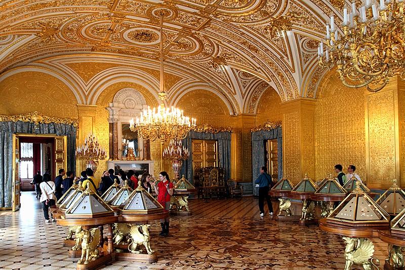 Obiective turistice Sankt Petersburg - complexul muzeal Hermitage
