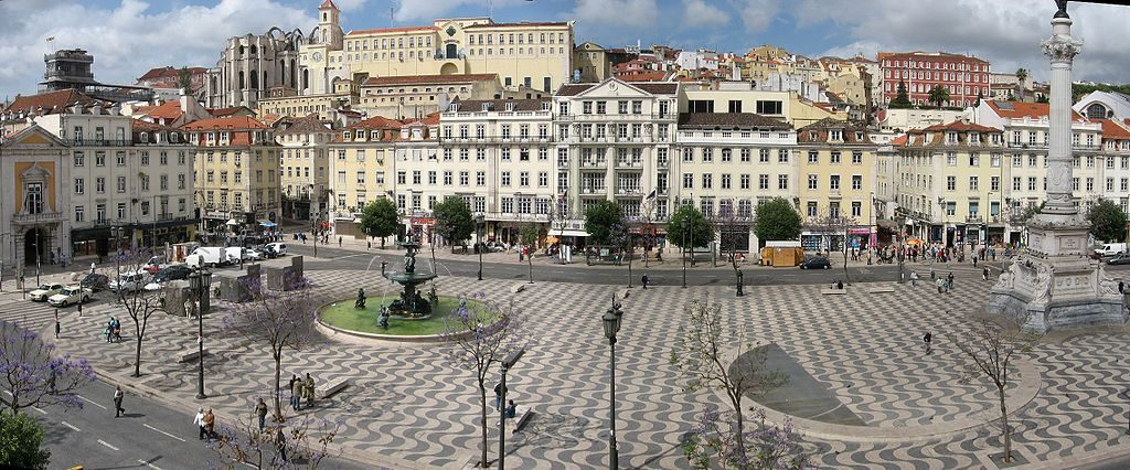"""Картинки по запросу Piața Restauratorilor """"Praça dos Restauradores"""""""