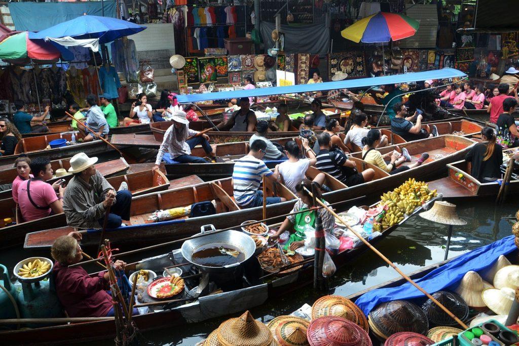 Bangkok - piata plutitoare