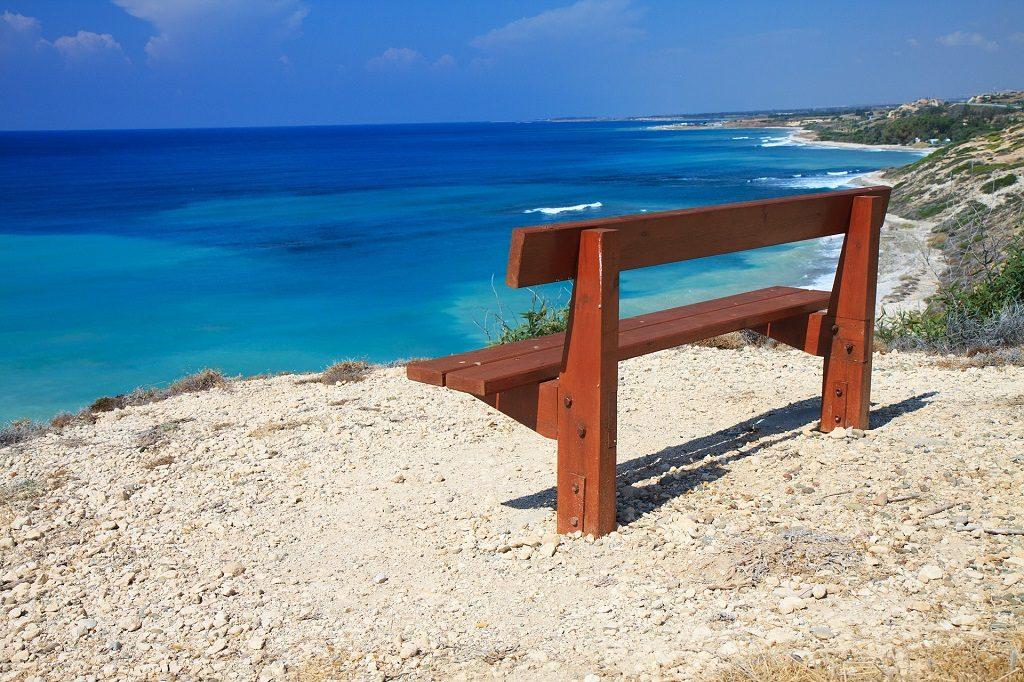 Cipru - banca pe tarm