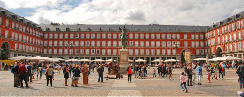 Obiective turistice Madrid - Plaza Mayor