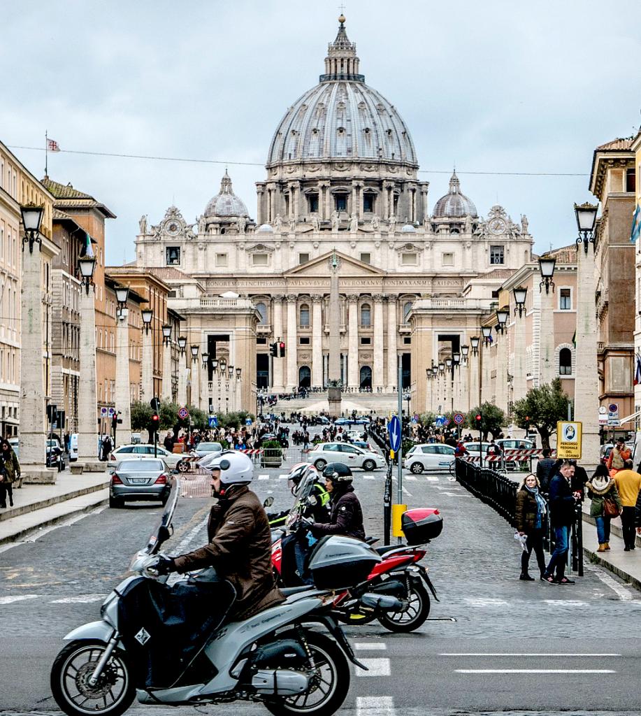Obiective turistice Roma - Basilica San Pedro