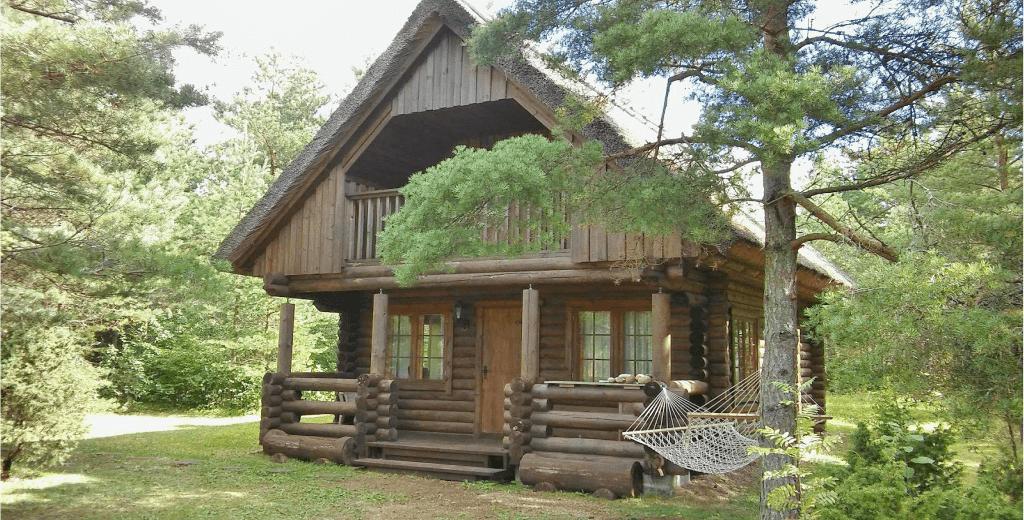 Obiective turistice Estonia - Cabana traditionala Saaremaa