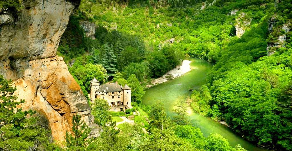 Castele Europa, unde te poti caza - Chateau la Caze - Franta