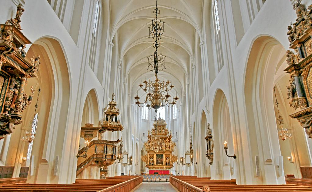 Obiective turistice Malmo - Biserica Sf Petru