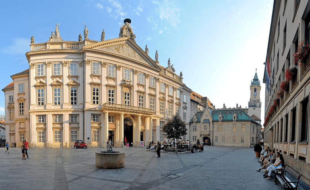 Obiective turistice Bratislava - Palatul Patriarhal