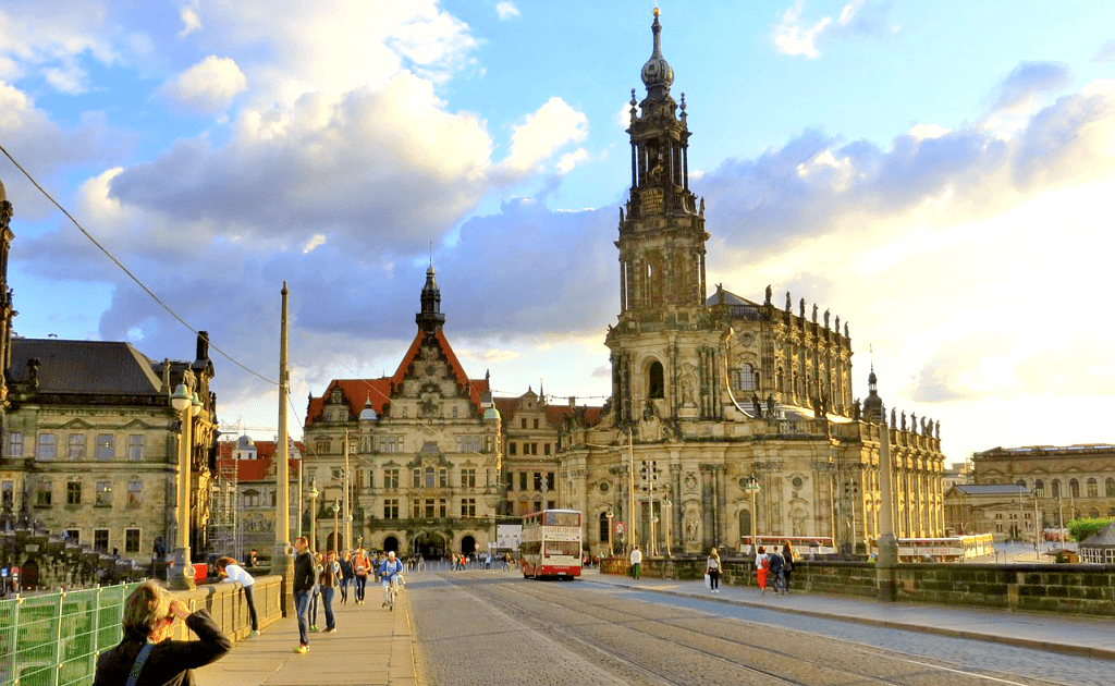 Obiective turistice Dresda - Catedrala Sf Treimi