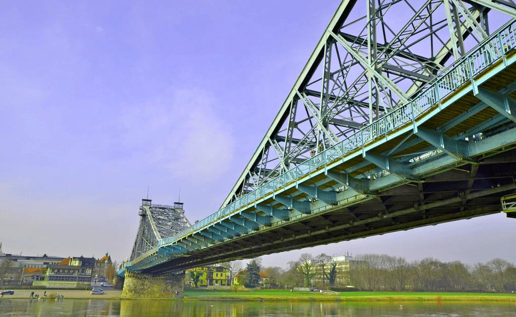 Obiective turistice Dresda - Podul Loschwitz - Blasewitz