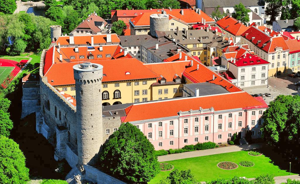 Obiective turistice Tallinn - Castelul Toompea