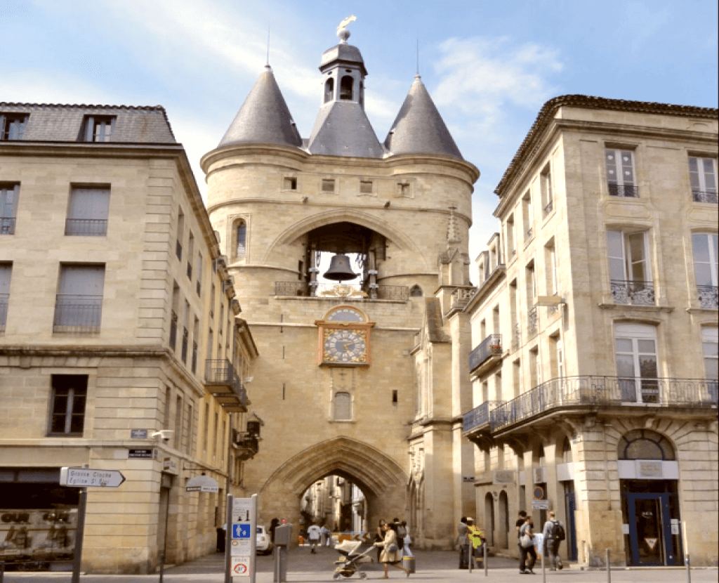 Obiective turistice Bordeaux - La Grosse Cloche