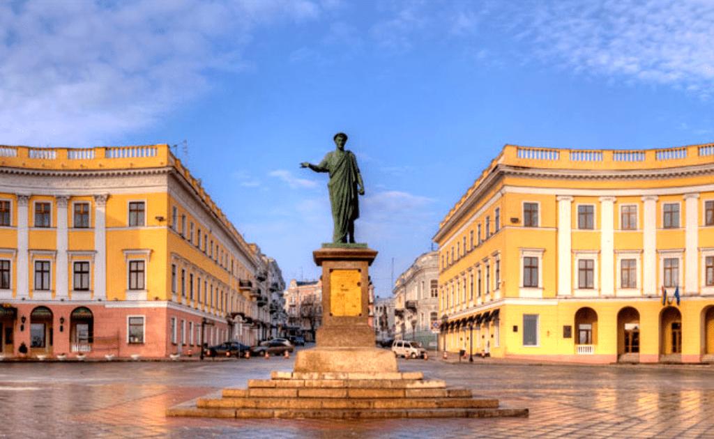 Obiective turistice Odessa - Statuia Ducelui Richelieu
