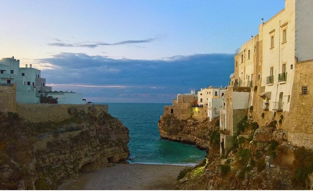 Obiective turistice Puglia - Poligrano a Mare