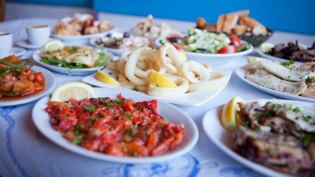 mancare-traditionala-greceasca