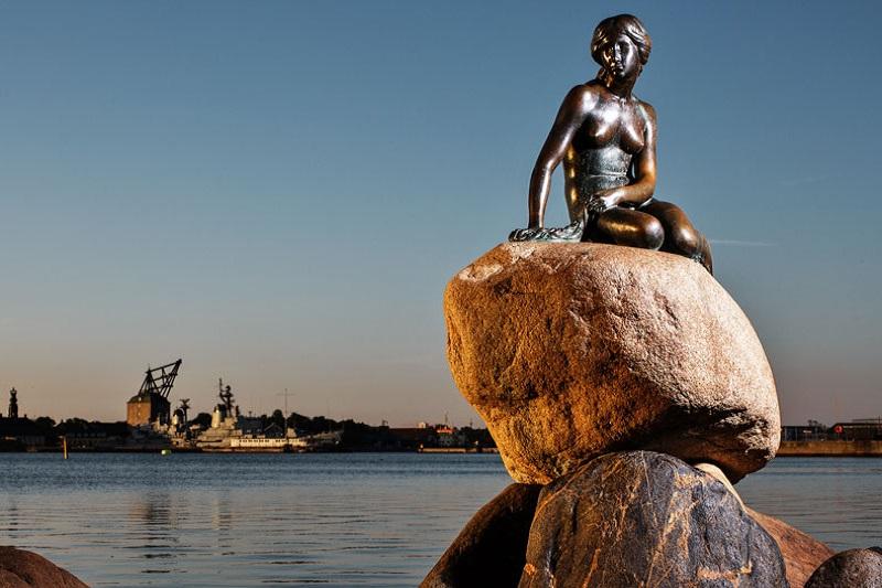 Mica sirena din Copenhaga