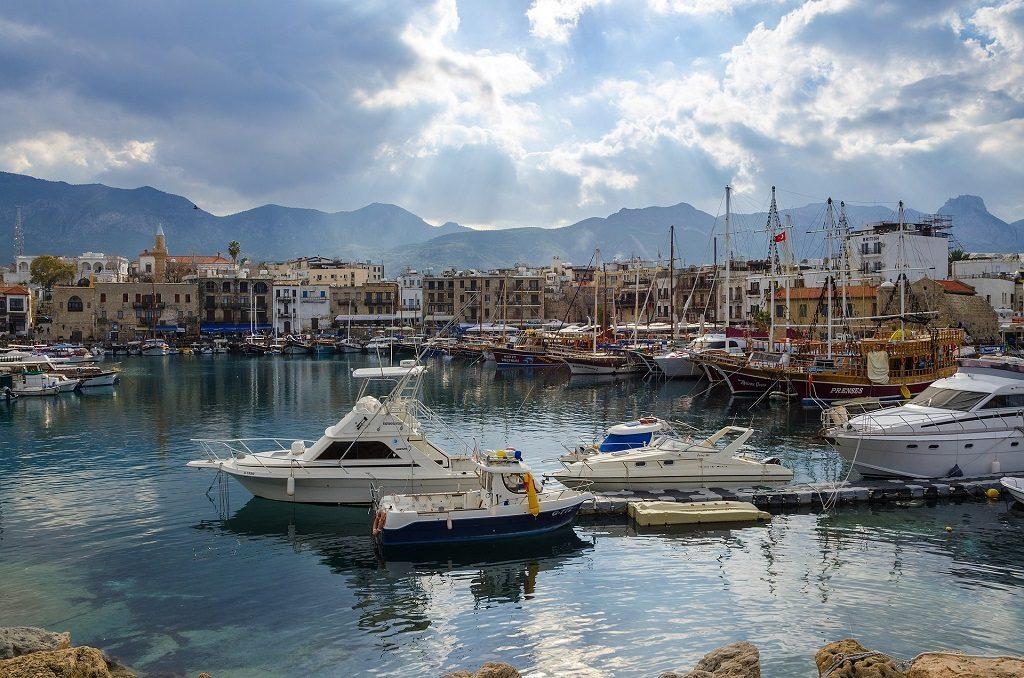 Cipru - vedere din port