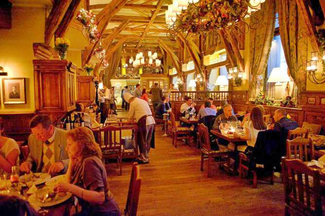 Restaurant Sense - Varsovia