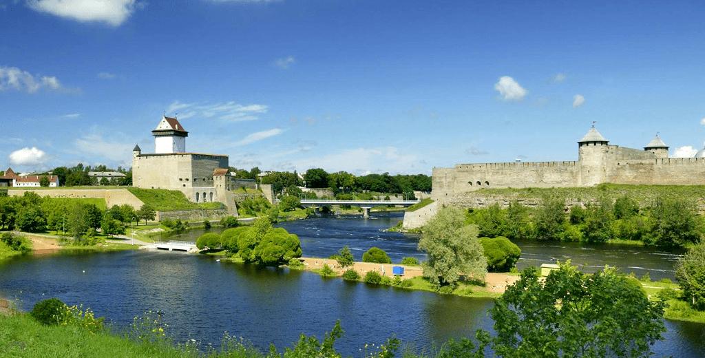 Obiective turistice Estonia - Castelul Narva
