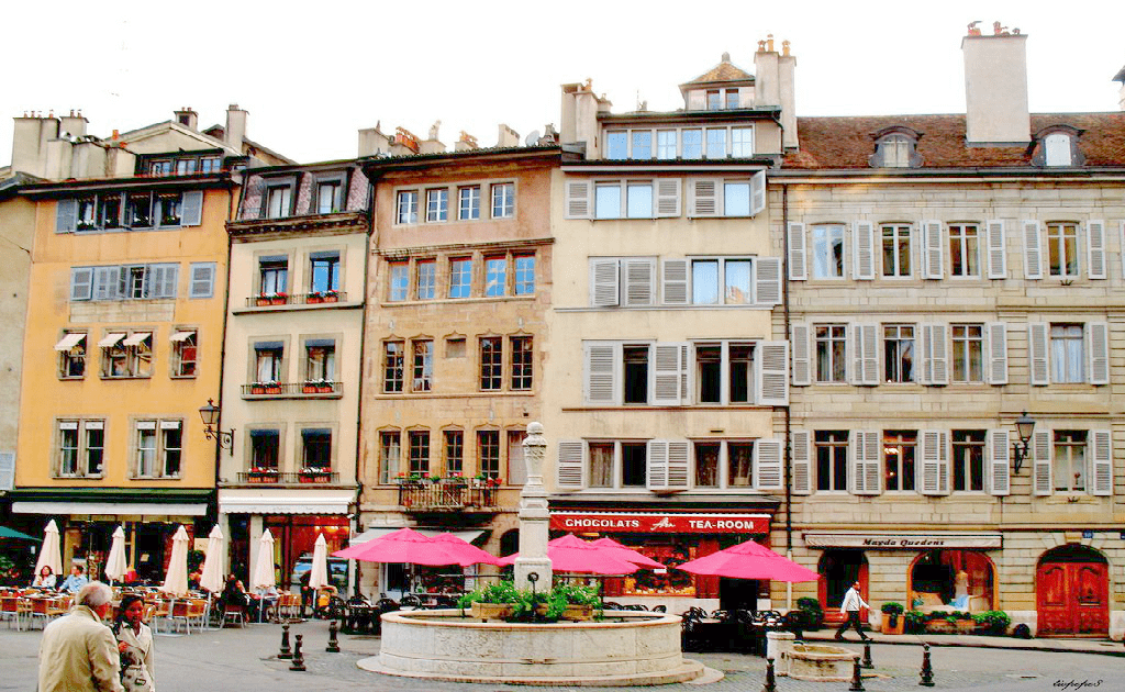Obiective turistice Geneva - Piata Bourg-de-four