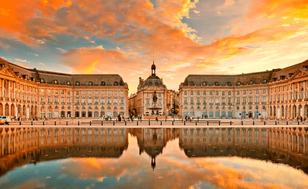 Obiective turistice Bordeaux - Place de la Bourse