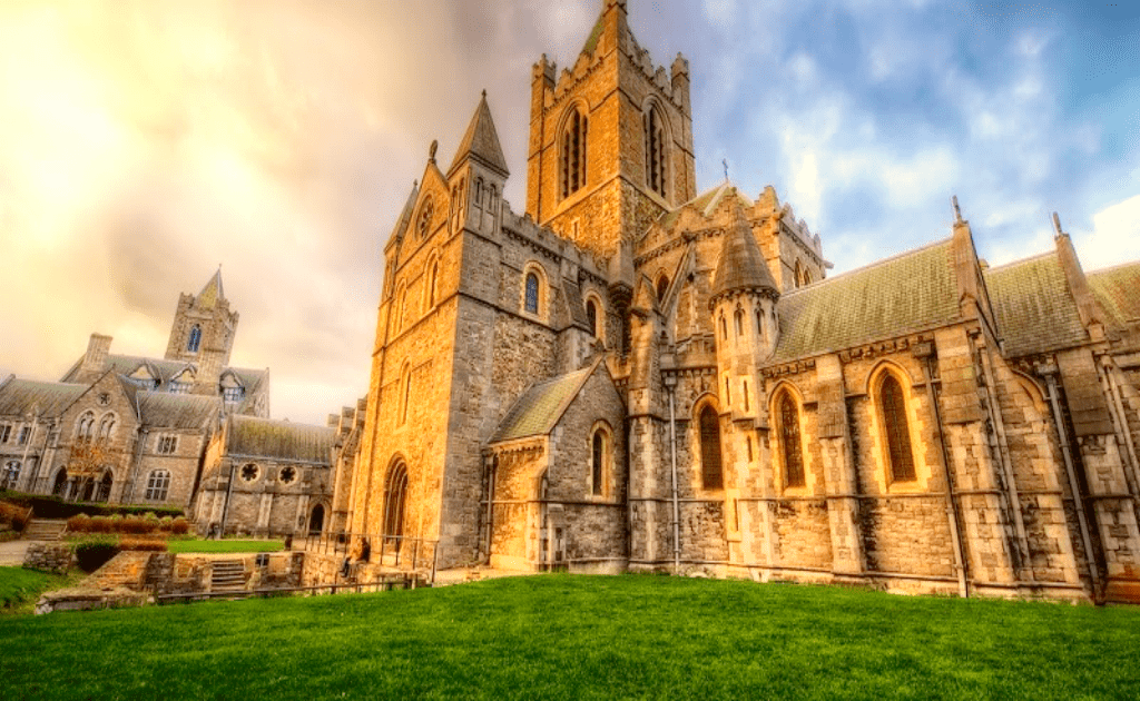 Obiective turistice Dublin - Catedrala Sf Treimi