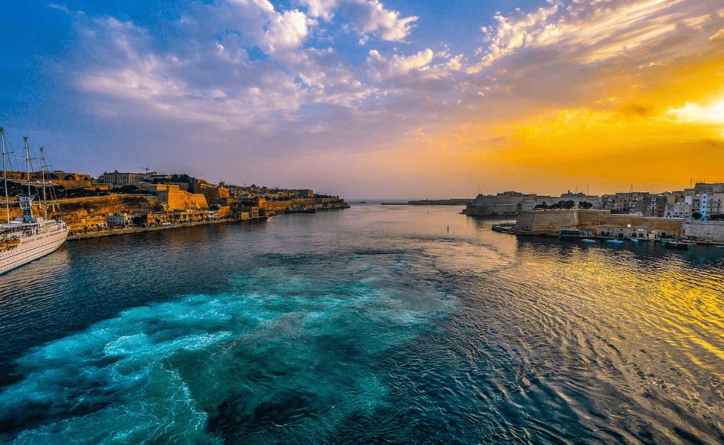 Obiective turistice Malta - Golful de Aur