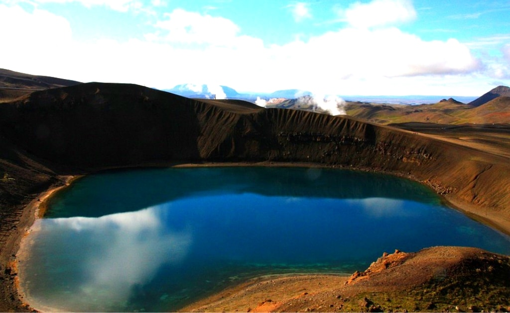Obiective turistice Islanda - Lacul Viti